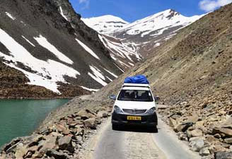 Jeep Safari from Manali to Leh