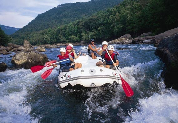 Hot Spots In White Water River Rafting